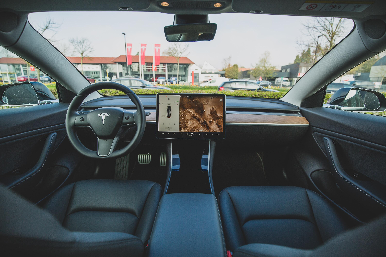 Autonomous Driving: The self-driving car race